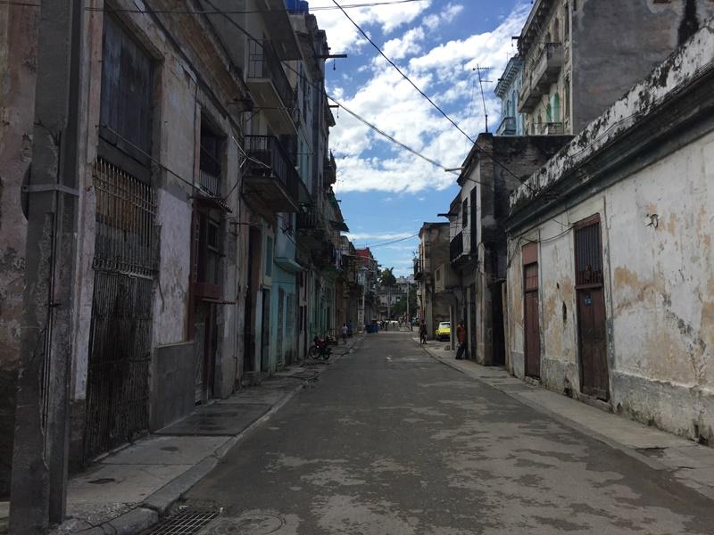 bieda na ulicach kuby